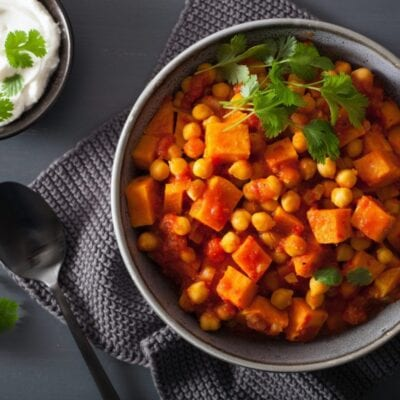 5 winter foods that promote fat-burning. sweet potato and chickpea curry