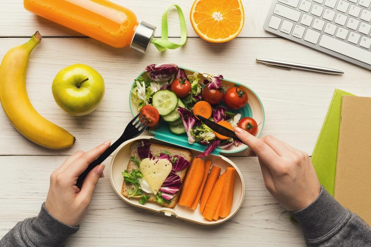 7 creative ways to eat healthier on a busy schedule